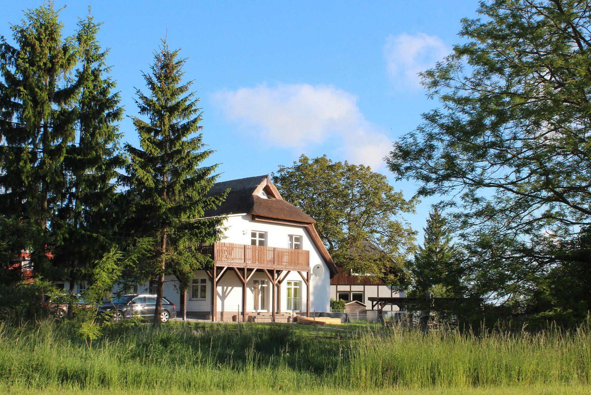Ferienwohnungen Zum Fischerhafen - Reetdachhaus